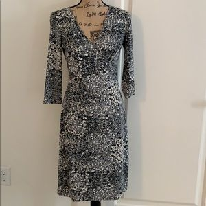 BCBG SIZE MEDIUM WRAP-BODICE DRESS